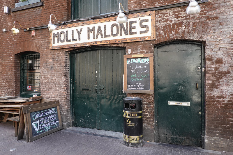 Molly Malone's side street tavern adjacent the Amsterdam canals.
