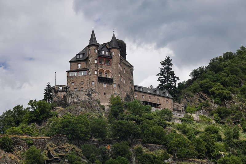 Last view of Katz Castle on the hill outside Loreleystadt-St. Goarshausen, middle Rhine, Germany.