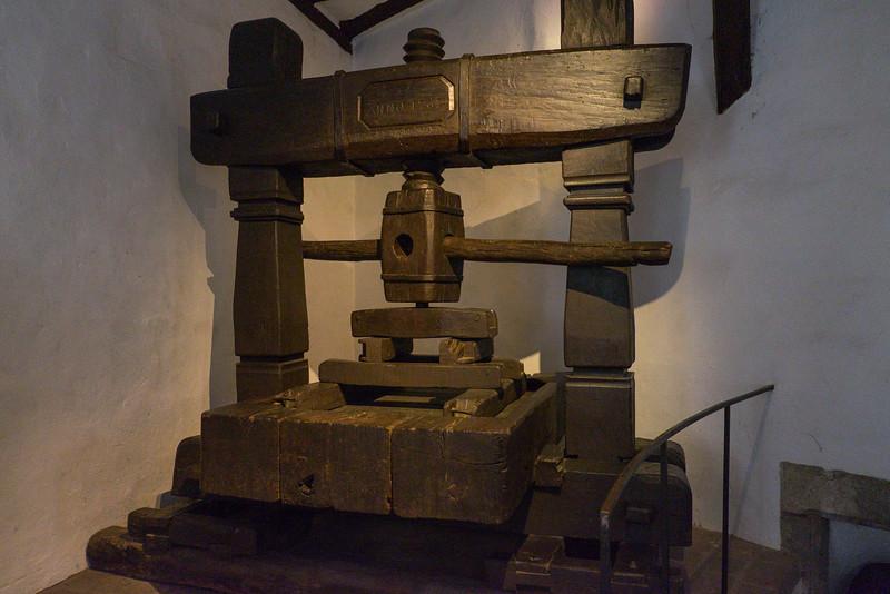 Wine press in Marksburg Castle.