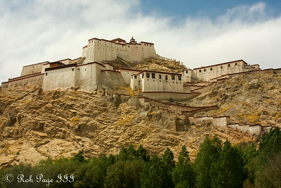 The Gyantse Fortress - Gyantse, Tibet, China ... May 23, 2014 ... Photo by Rob Page III