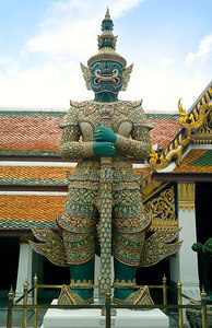 The 'yaksha' demon guardians of the Temple of the Emerald Buddha. ... August 17, 2004 ... Copyright Robert Page III
