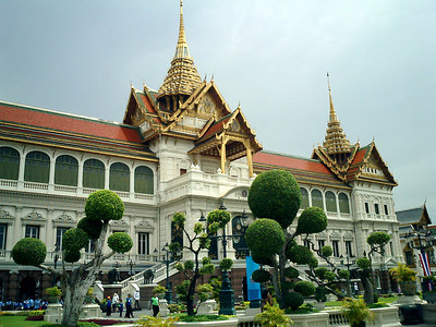 This is Chakri Maha Prasat hall.  It is the Central complex in the Grand Palace and was designed by a British architect, but given a Thai flavor.  Inside are displays of weapons much like the Tower of London in London, England. ... August 17, 2004 ... Copyright Robert Page III