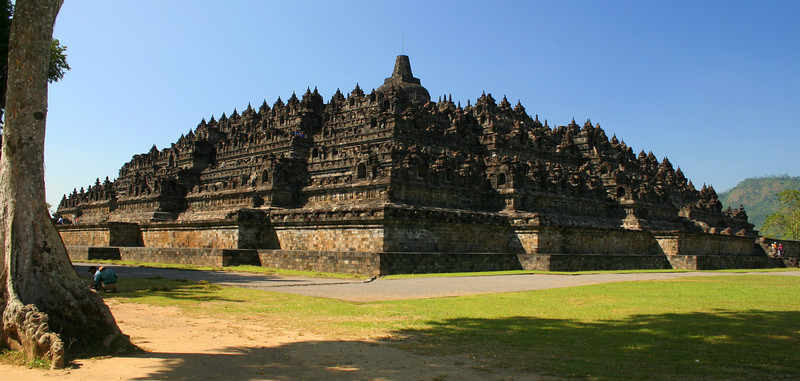Borobodor, the largest Buddhist temple in Southeast Asia.