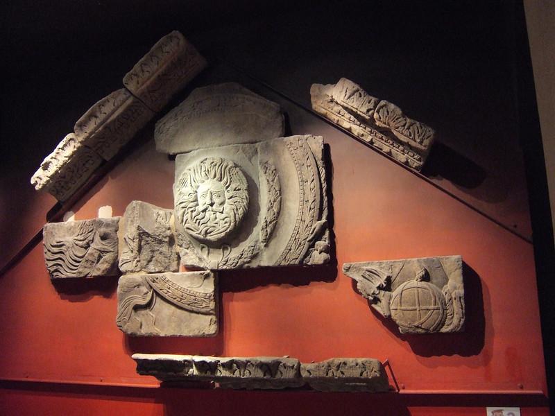 Cornice Stones Reconstruction - Bath - England