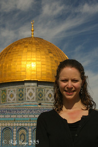 Emily in front of the Dome of the Rock - Jerusalem, Israel ... March 11, 2014 ... Photo by Rob Page III