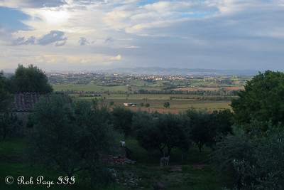 Tuscany at sunset is beautiful - Siena, Italy ... May 29, 2013 ... Photo by Rob Page III