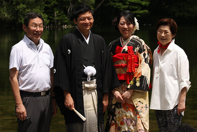 The Kato family on Masashi and Emi's wedding day - Kamikochi, Japan ... July 10, 2016 ... Photo by Rob Page III