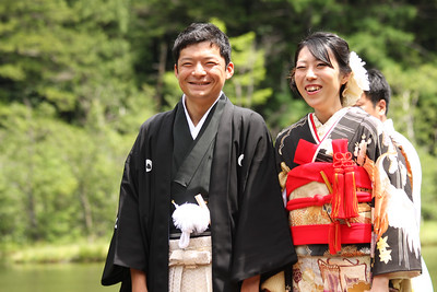 Masashi and Emi on their wedding day - Kamikochi, Japan ... July 10, 2016 ... Photo by Rob Page III
