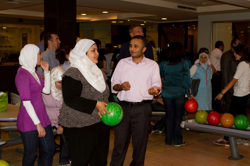 Raed giving Haneen some pointers