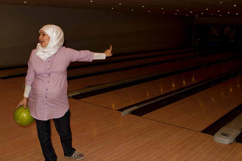 Esraa informing everyone her next ball will be a strike
