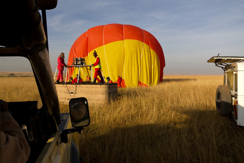 Balloon landing on the Masai Mara National Reserve plains - Kenya