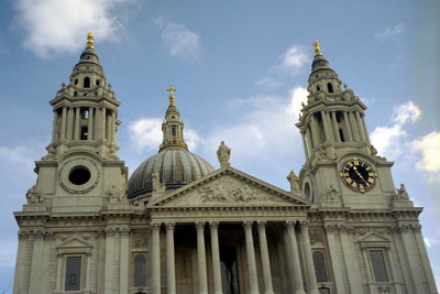The Front of St. Paul's Cathral.  It was constructed shortly after the Great London Fire - London, England ... March 5, 2005 ... Photo by Rob Page III