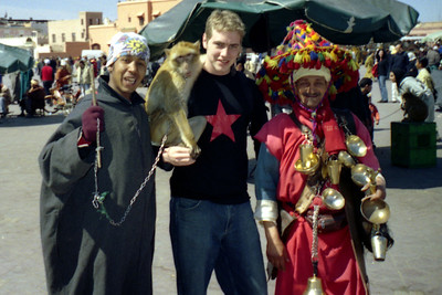 The monkey is my friend - Marrakesh, Morocco ... March 7, 2005 ... Photo by Pedro Mendoza