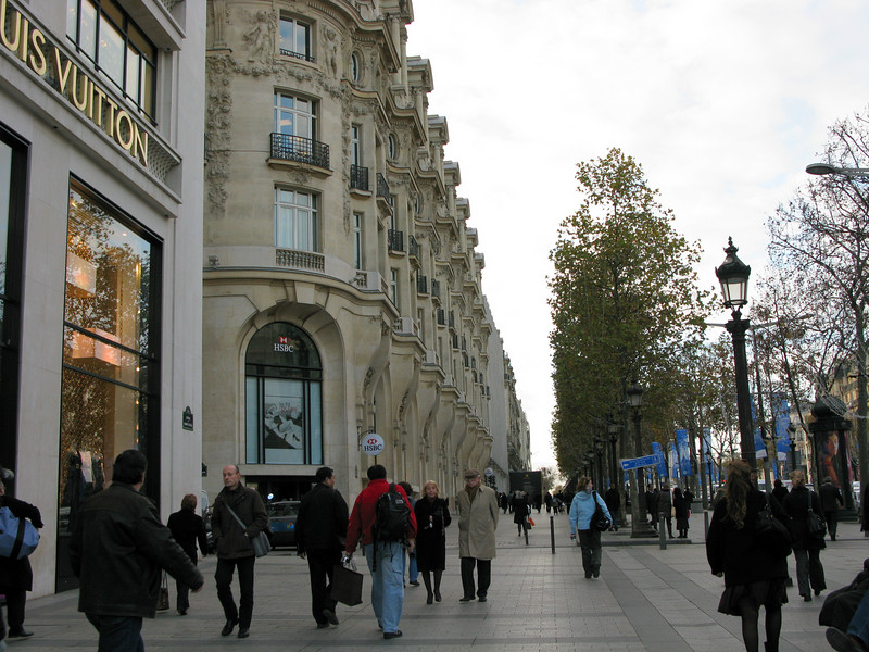 Avenue Champs Elysees