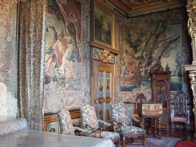 a bedroom in the Chateau de Cheverny