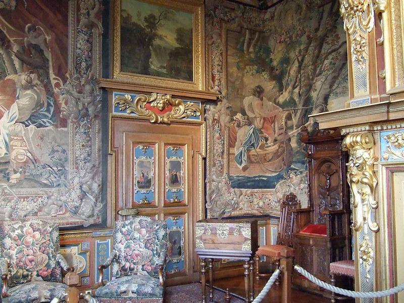 Room decorations at the Chateau de Cheverny