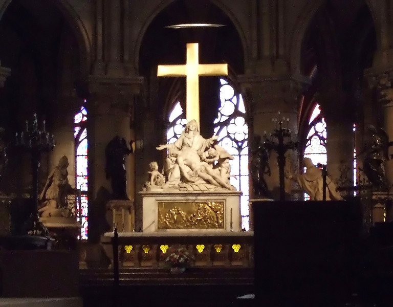 Christ at Notre-Dame Cathedral