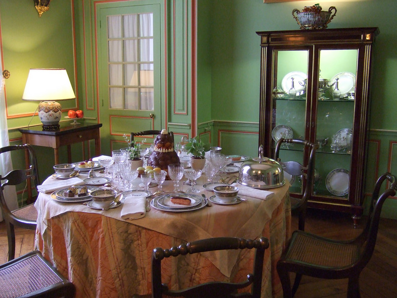 Dining room at Chateau de Cheverny