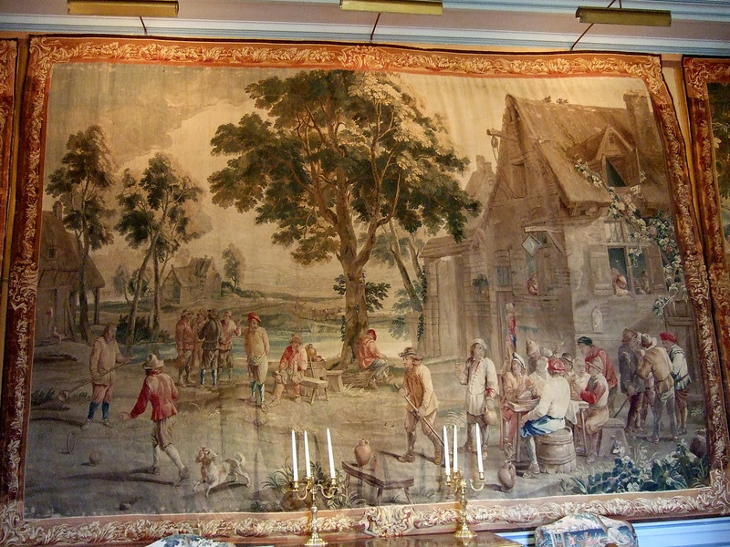 A Cheverny Chateau wall Tapestry