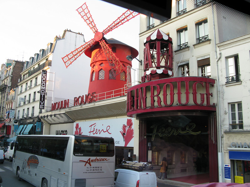 Moulin Rouge Supper and Cabaret in Paris