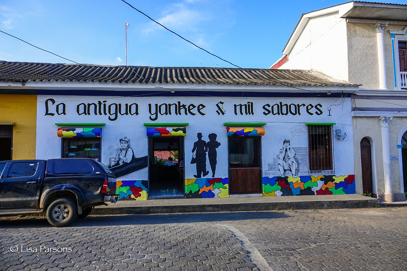 La Antigua Yankee & Mil Sabores