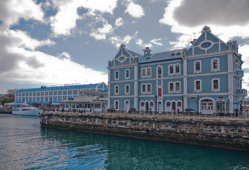 African Trading Post in the Victoria Wharf Waterfront - Cape Town