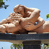 "El Beso (the kiss) is a large sculpture in the ""Parque del Amor"" (Love Park) by the Pacific Ocean in the Miraflores district of Lima, Peru."