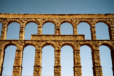 The Aqueduct - Segovia, Spain ... March 2003 ... Photo by Rob Page III