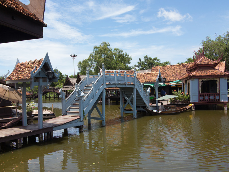 The Floating Market in Ancient Siam