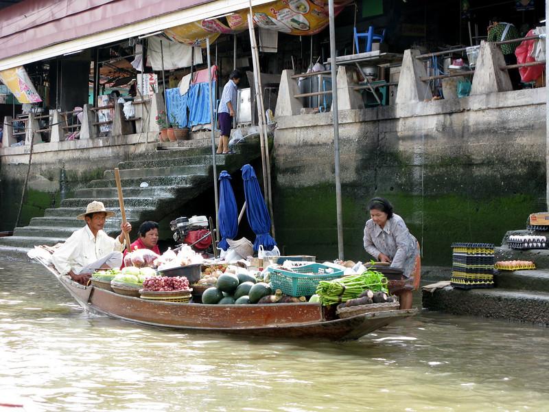 Ampawa Canal
