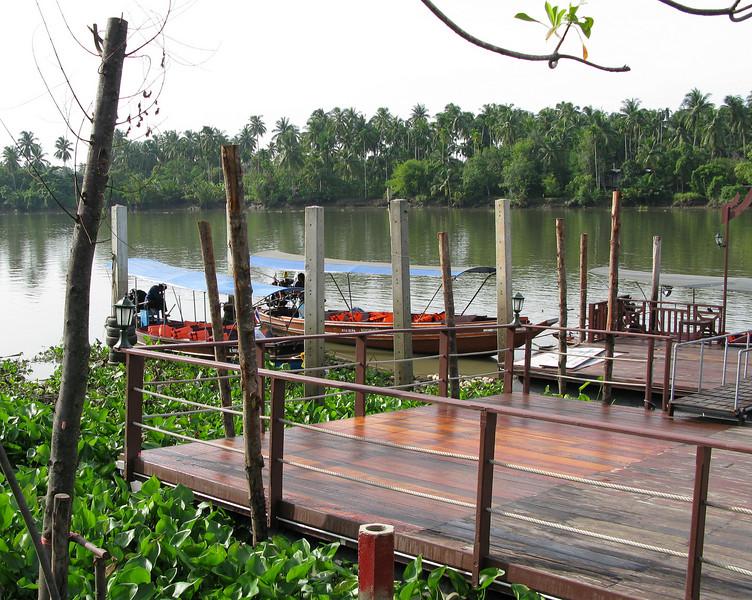 Bann Ampawa Resort on the Maeklong River