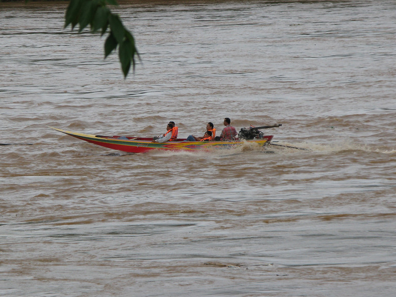 Speed boat rides on the Mae Kong River