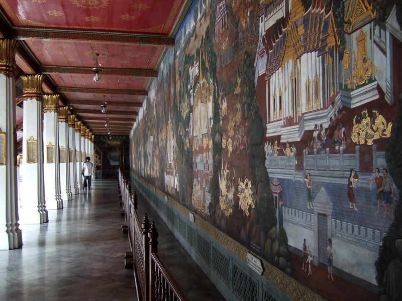 Wall decorations at the Grand Palace