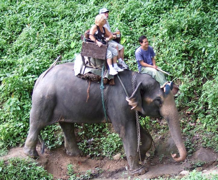 Val and Natalya at the Maesa Elephant Camp