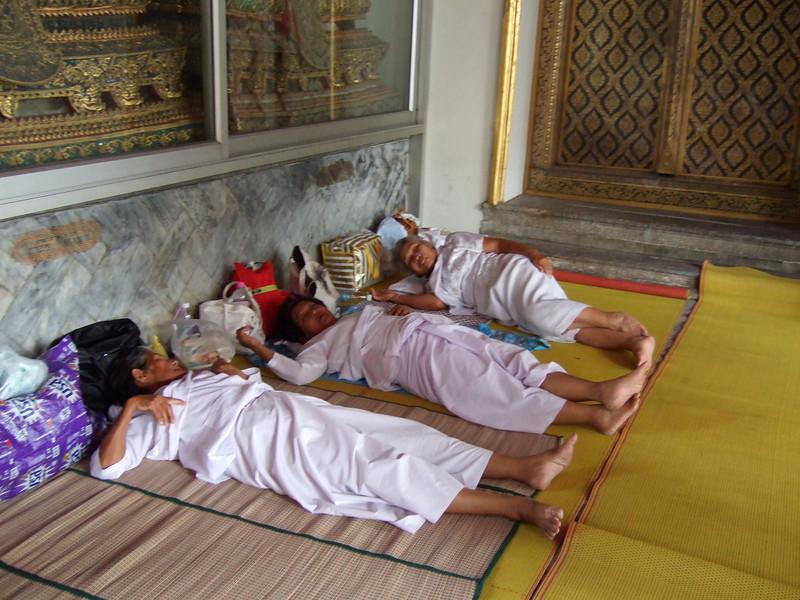Pilgrims to the Budda Image at Wat Po resting