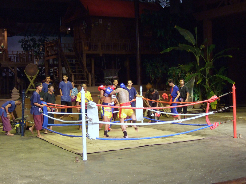 Thai Fighting at the Cultural Center