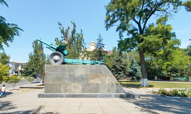 War memorial outside the regional Local Lore Museum in Kherson, Ukraine.