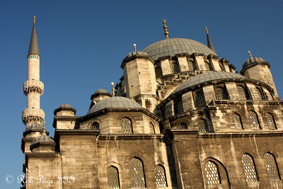 The Yeni Mosque - Istanbul, Turkey ... March 13, 2011 ... Photo by Rob Page III