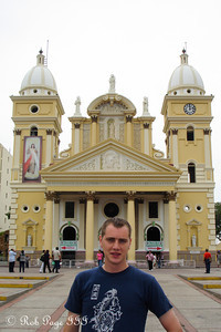 Rob in front of the Basilica of Our Lady of Chiquinquirá - Maracaibo, Venezuela ... August 11, 2013