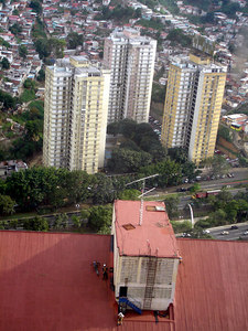 Look at the men on the roof - Caracas, Venezuela ... September 22, 2005 ... Photo by Rob Page III