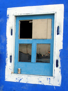 A Window - Los Roques, Venezuela ... September 30, 2005 ... Photo by Rob Page III