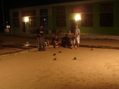The Marlins have made it to the semifinals of the local bocce tournament - Los Roques, Venezuela ... September 30, 2005 ... Photo by Rob Page III