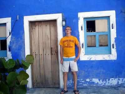 Chilling - Los Roques, Venezuela ... September 30, 2005 ... Photo by Pedro Mendoza