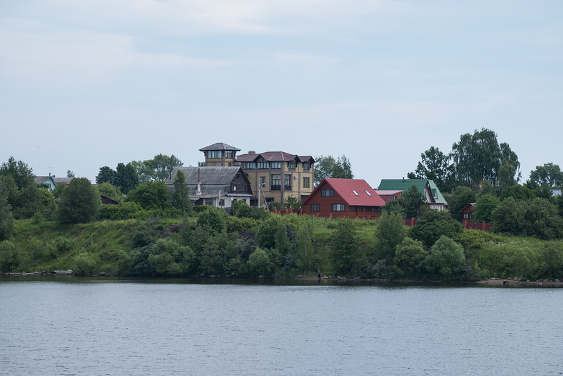 Scenery along the Volga on the way to Uglich.