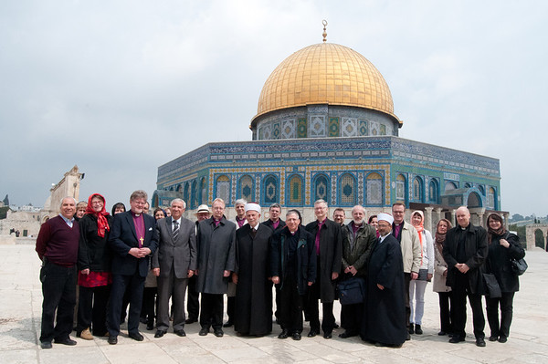 The delegation of the Bishops of the Evangelical Lutheran Church of Finland meet with Sheikh Abed Elathim Salhab, Chairperson of the Islamic Council and Sheikh Azzam Khatib, Director of the Islamic Waqf in front of the Dome of the Rock on the Haram Ash-Sharif. © ELCJHL/Rev. Elizabeth McHan
