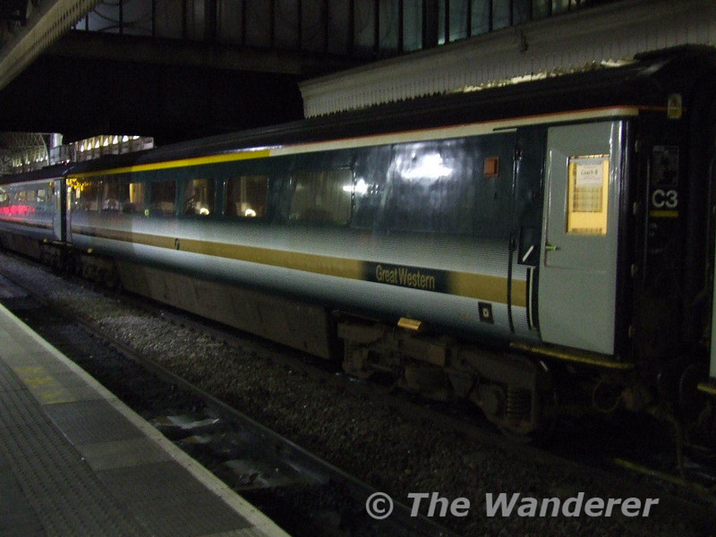 A MK3B Brake First Open on the Sleeper. Only 3 of these vehicles were built by BREL in 1986 for use on the WCML. When Virgin ceased the lease on them FGW took them and now use them on its Sleeper services. Fri 12.01.07