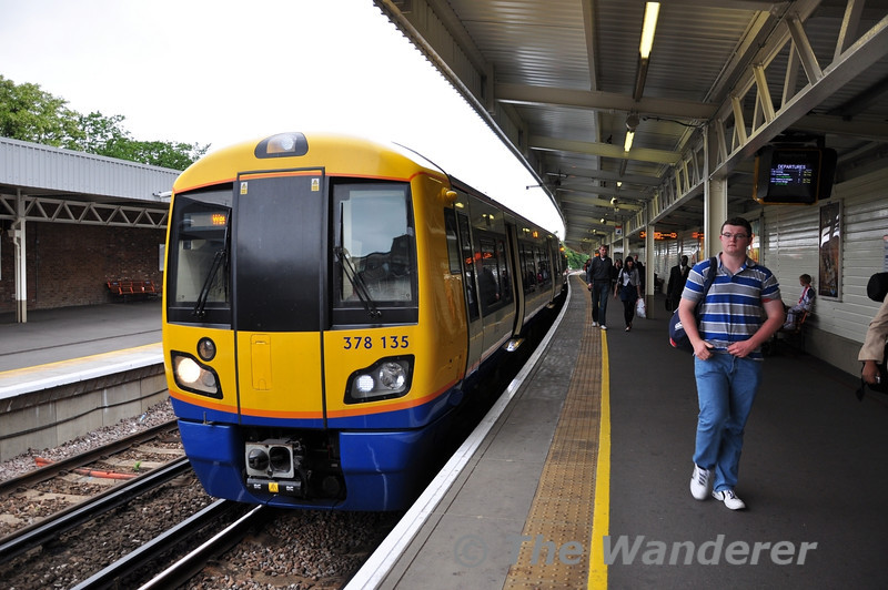 378138 after arriving at West Croydon from Highbury and Islington. Sun 15.05.11