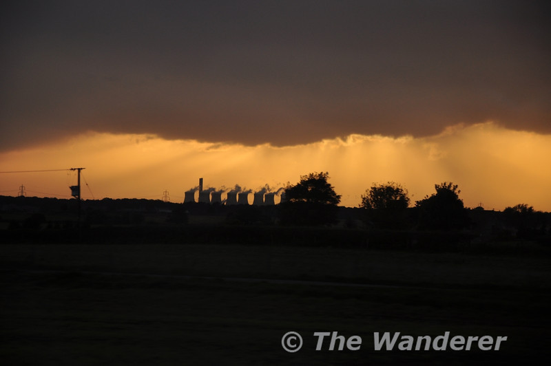 Storm Clouds and Sunset over Ferrybridge Power Station.  Wed 17.10.12