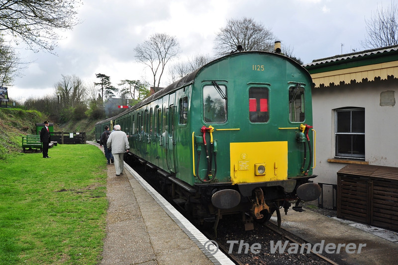 Class 205 DEMU No. 1125 awaits departure from the Cattle Dock at Alresford with the 1014 to Ropely.  Fri 26.04.13
