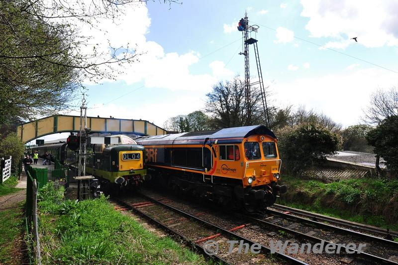 66738 and D9009 (55009) cross at Ropley.  Fri 26.04.13